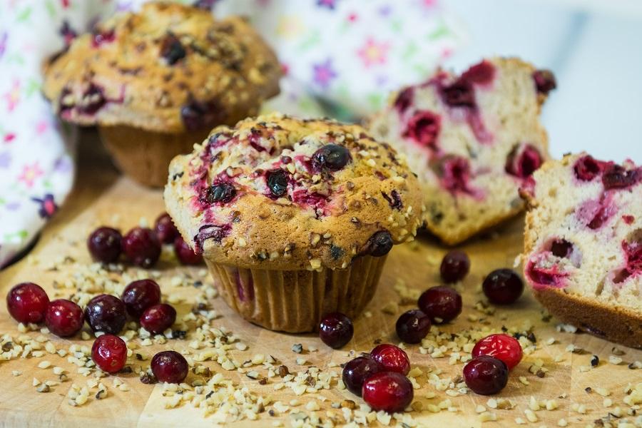 cranberry-nut-muffins